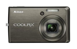 Nikon Coolpix S600 camera