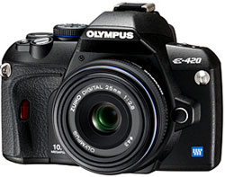 Olympus E-420 DSLR with 25mm f/2.8 pancake lens